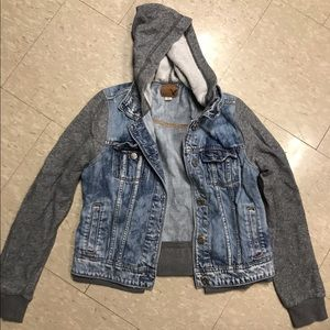 AMERICAN EAGLE JEAN JACKET SWEATER